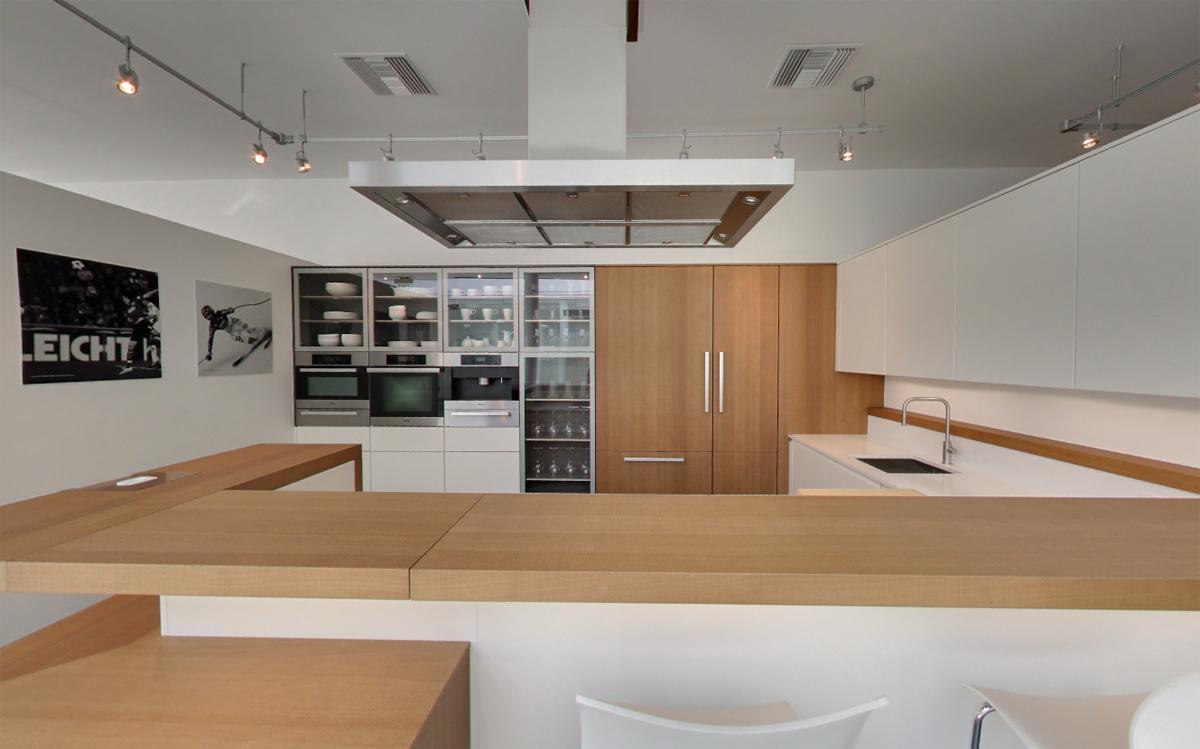 Modern Kitchens Showroom Los Angeles