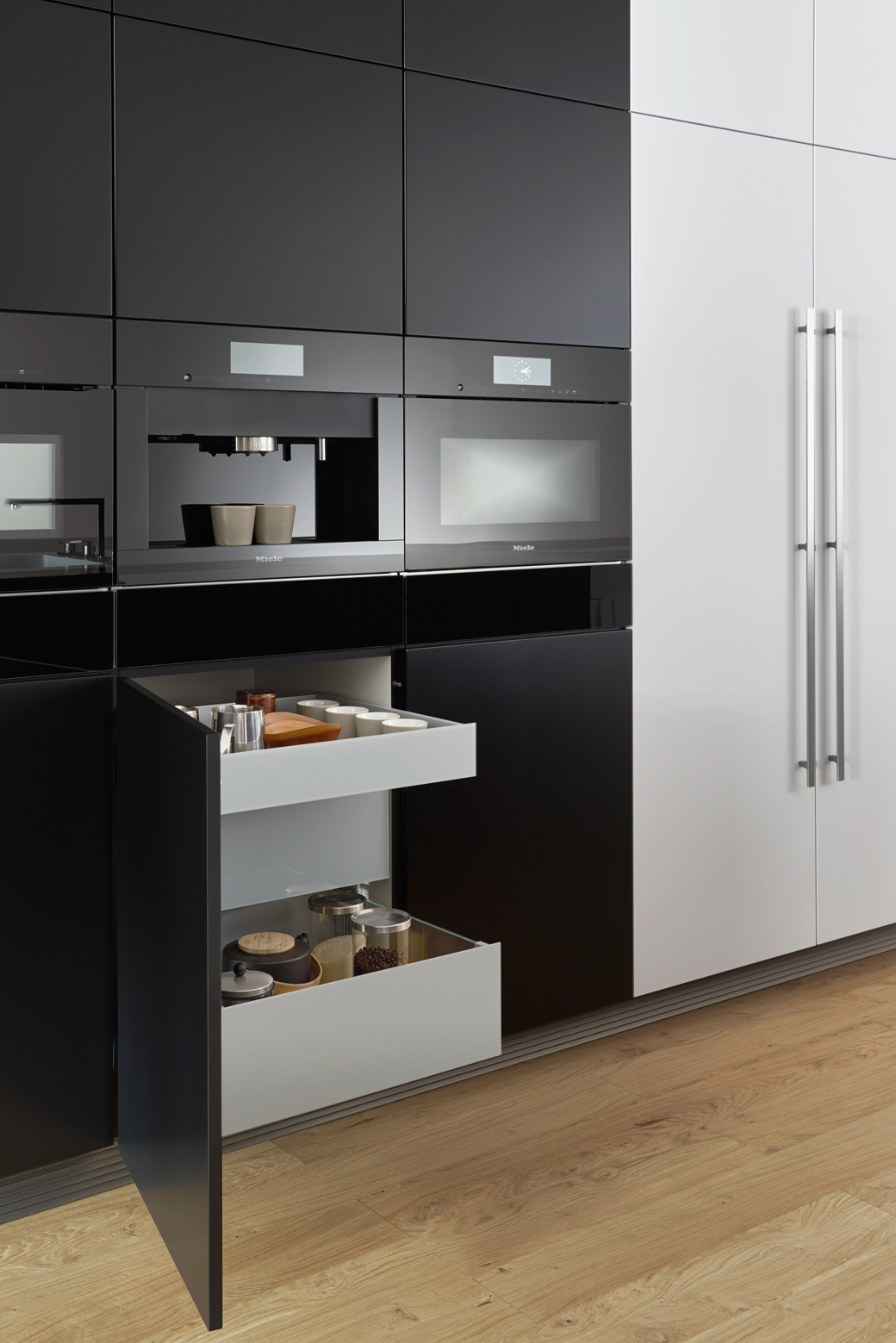 Black kitchens in nyc for German kitchen cabinets
