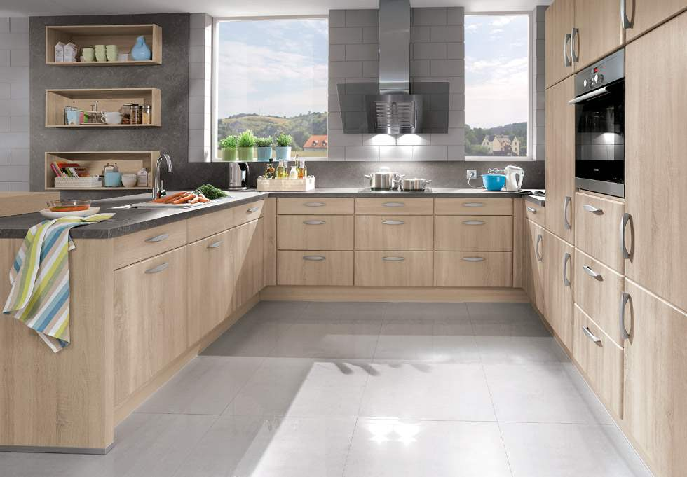 Traditional kitchen cabinets nyc for Kitchen cabinets nyc