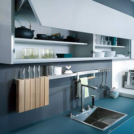glass_kitchen_cabinets