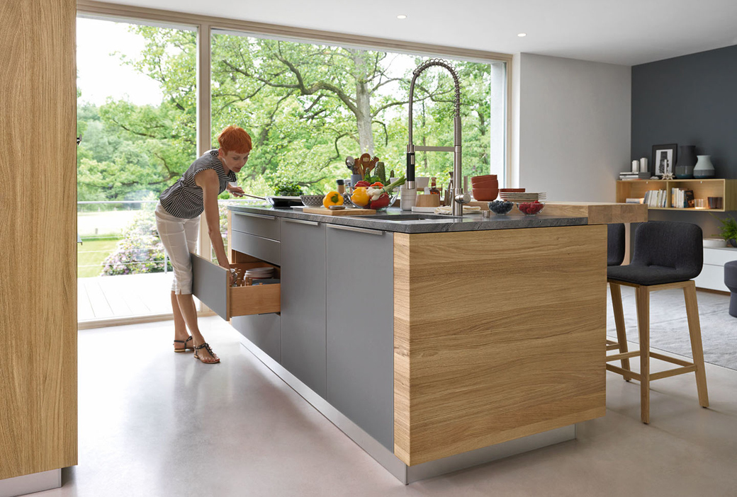 Elegant German Kitchen Center Part 14